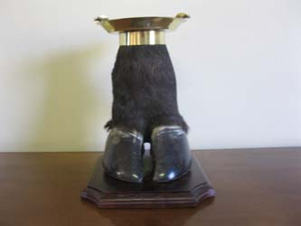 Foot Ashtray (2)